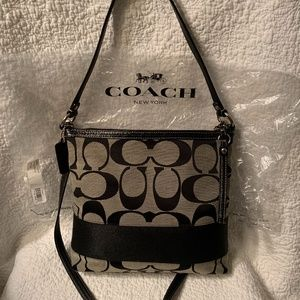 "New COACH SIG ""C"" SHOULDER/CROSSBODY F13674"